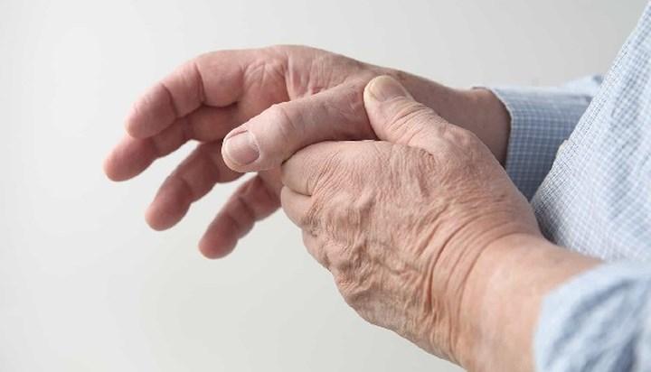 Tê bì nhức mỏi chân tay cũng là dấu hiệu không tốt của sức khỏe