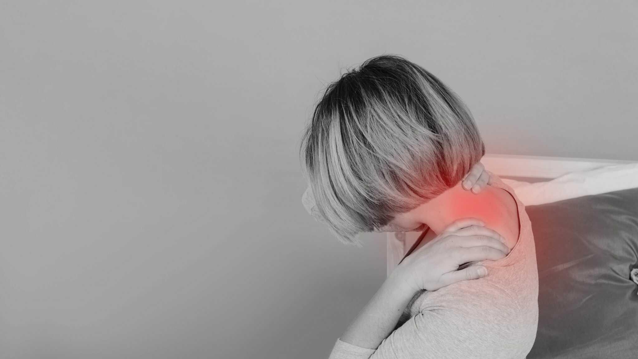 Hiểu hơn về các nguyên nhân gây đau vai